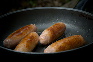 Pan frying - Pan frying sausages