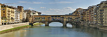 Panorama of the Ponte Vecchio in Florence, Italy.jpg