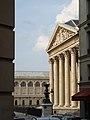 Panthéon et Sainte-Geneviève.JPG