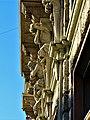 Particolare palazzo di Piazza Oberdan.jpg