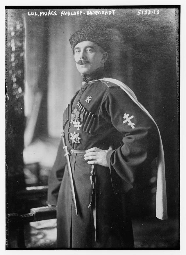 640px-Pavel_Bermondt-Avalov_circa_1920.j