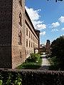 Pavia - Castello Visconteo - Mura e Fossato 1.jpg