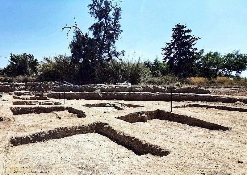 חפירות ארכאולוגיות ביבנה