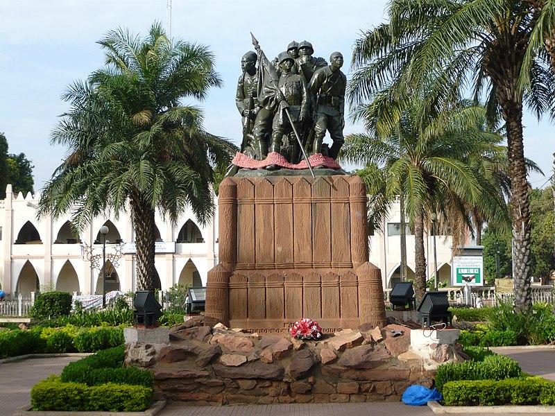 Le monument aux Héros de l'Armée Noire(1924) à Bamako