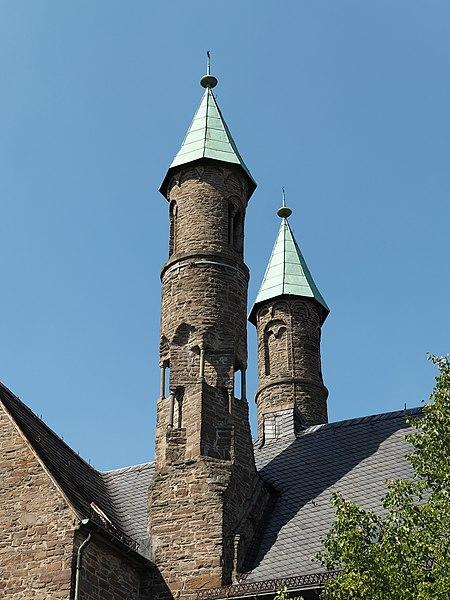 File:Plettenberg Christuskirche Chortürmchen.jpg