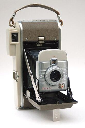Land Camera - A Highlander rollfilm camera made from 1957 to 1959.