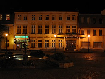 Polski: RatuszEnglish: Town Hall