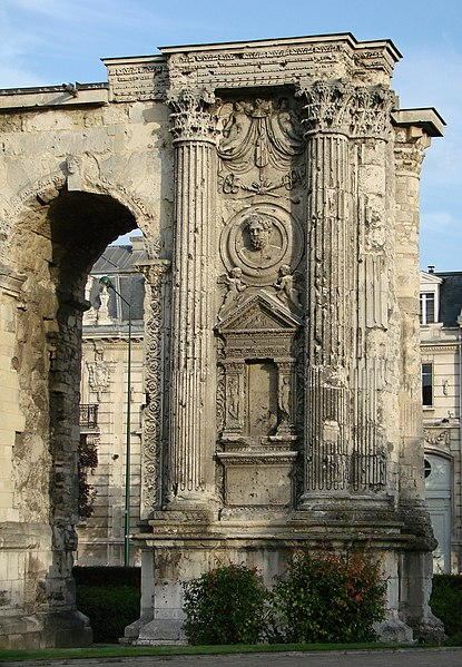 La Porte Mars (the Mars Gate), triumphal arch of the Gallo-Roman town (Durocortorum); 3rd century; Reims, France.