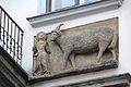 Prague Praha 2014 Holmstad husskilt ved steinbukken på bytorget fra 1500-tallet.jpg