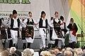 Praha, Staré Město, Ovocný trh, Pražský jarmark, srbské lidové tance IV.JPG
