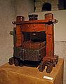 Pressoir miniature-Musée alsacien de Strasbourg.jpg