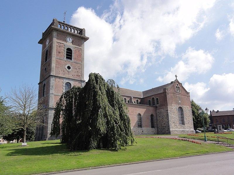 Prisches (Nord, Fr) Église Saint-Nicolas, vue latérale