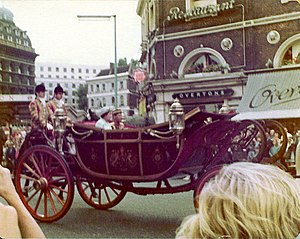 Foreign relations of the United Kingdom - The Yang di-Pertuan Agong in a carriage with Queen Elizabeth II of the United Kingdom on the state visit to London, 1974.