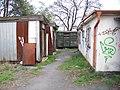 Radotín, Na betonce, boudy za nádražím.jpg