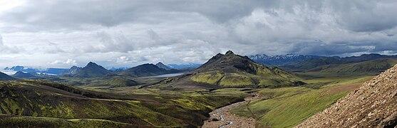 Rainbow Mountains in Landmannalaugar region - panorama (3).jpg