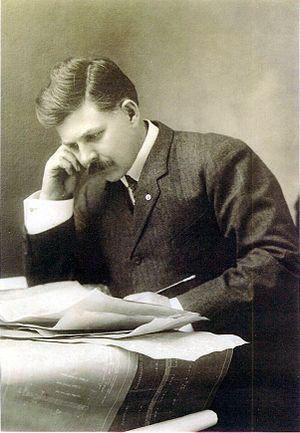 Ransom E. Olds - Ransom E. Olds, c 1901