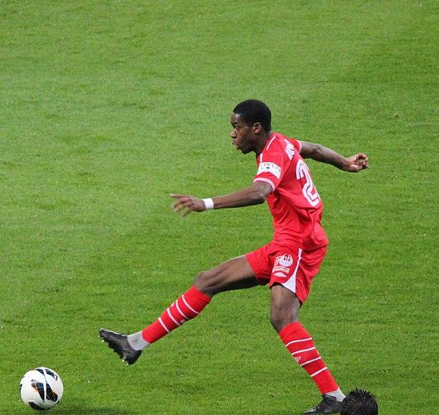 File:Real Madrid v Sevilla Kondogbia.JPG