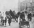 Refugees coming back to Warsaw 1939.jpg
