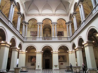 Museum of Fine Arts (Budapest) - One of the halls in the museum