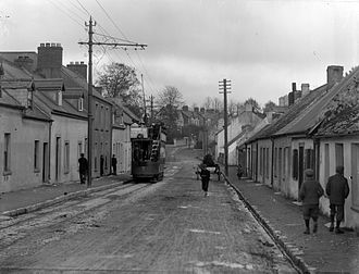 Ballintemple, Cork - An open top tram in Ballintemple with a Cork Electric Tramways and Lighting Company service (c.1910)