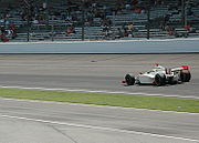RichieHearnPracticing2007Indy500.jpg
