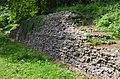 Roman City Walls, Verulamium, St Albans (14027935638).jpg