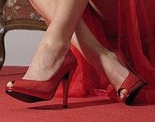 f08eccbb933a5c High Heels – Wikipedia