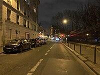 Rue Abel-Hovelacque (Paris) de nuit.jpg