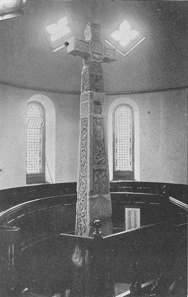 File:Ruthwell Cross - Project Gutenberg eText 16785.jpg