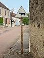 Sainpuits-FR-89-panneau routier vachard-1.jpg