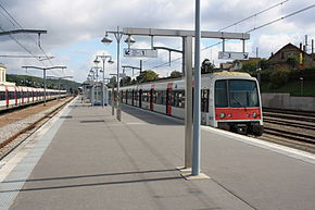 Saint Remy les Chevreuse Train Station 6.jpg