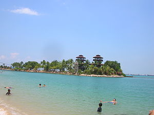 Sandy islet off Palawan Beach, Sentosa, Singapore - 20070406.jpg
