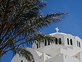 Santorini - Church with palmtree.jpg