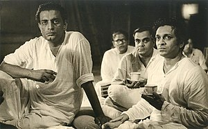 Pather Panchali - Ravi Shankar at a meeting with Satyajit Ray for the sounds in the movie (1955)