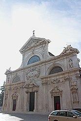Savona Cathedral facade 2010 4.jpg