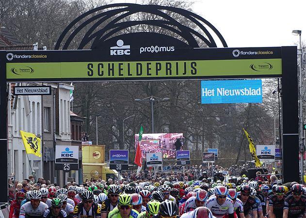 Schoten - Scheldeprijs, 8 april 2015, aankomst (C14).JPG