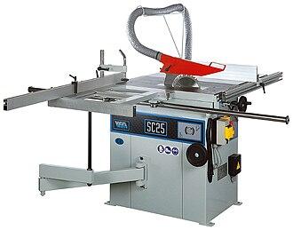 Table saw - A European sliding table saw