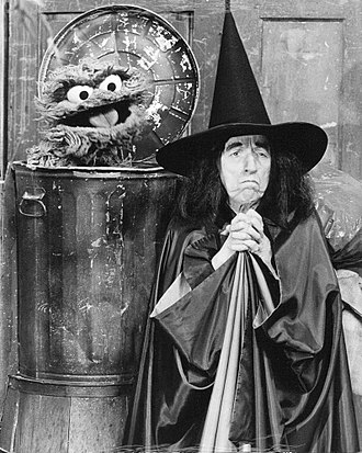 Wicked Witch of the West - Margaret Hamilton and Oscar The Grouch in 1976