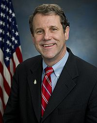 Sherrod Brown, official Senate photo portrait, 2007.jpg