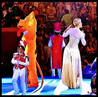 Xuxa - Xuxa performing in 2011