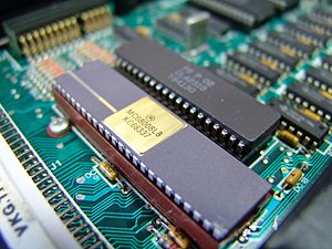 Sinclair QL - Motorola 68008 and ZX8301 on the QL's PCB