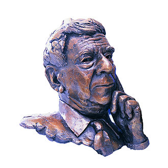 Roy Yorke Calne - A bronze bust of Calne by sculptor Laurence Broderick, outside the main operating theatres at Addenbrooke's Hospital