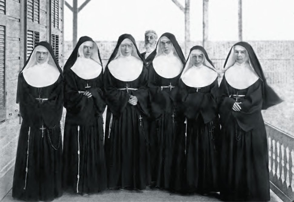 Sisters of St. Francis in 1886 at the Branch Hospital for Lepers in Kakaako, Honolulu