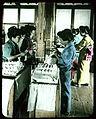 Sorting Silk (19763334269).jpg