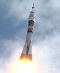 Soyuz TMA-05M rocket about 25 seconds after launch.jpg