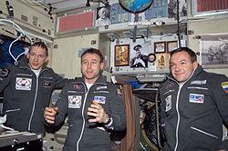 v.l.n.r. De Winne, Saljotin und Lontschakow