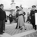Staatsbezoek van koningin Juliana aan Frankrijk. Rondvaart Koninklijk paar. Bij , Bestanddeelnr 903-9819.jpg