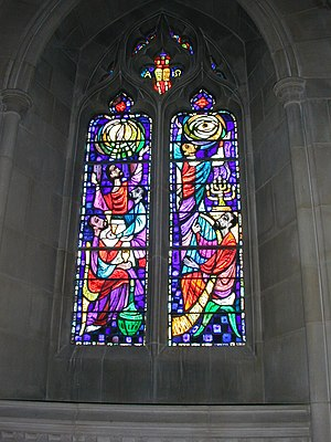 English: Stained glass window at The Washingto...