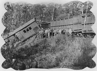 Eudlo railway station - Derailed goods train at Eudlo, 1914