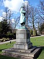 Statue of Commander E.R.Smith, captain of the Titanic - geograph.org.uk - 2267454.jpg